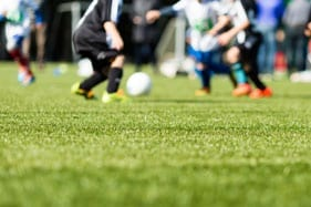 Artificial turf vs natural grass on player injury rates